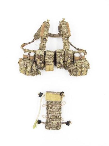 Dam Toys Navy Seal DEVGRU K9 Handler in Afghanistan AOR Multipurpose Chest Rig & Hydration Pack