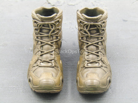 BOOT - Brown Combat Boots (Peg Type)