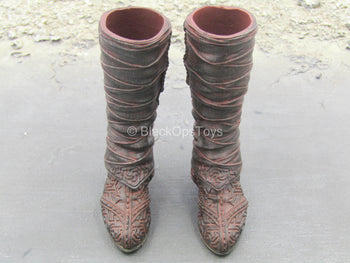 Assassins Creed - Brown Knee High Boots (Peg Type)