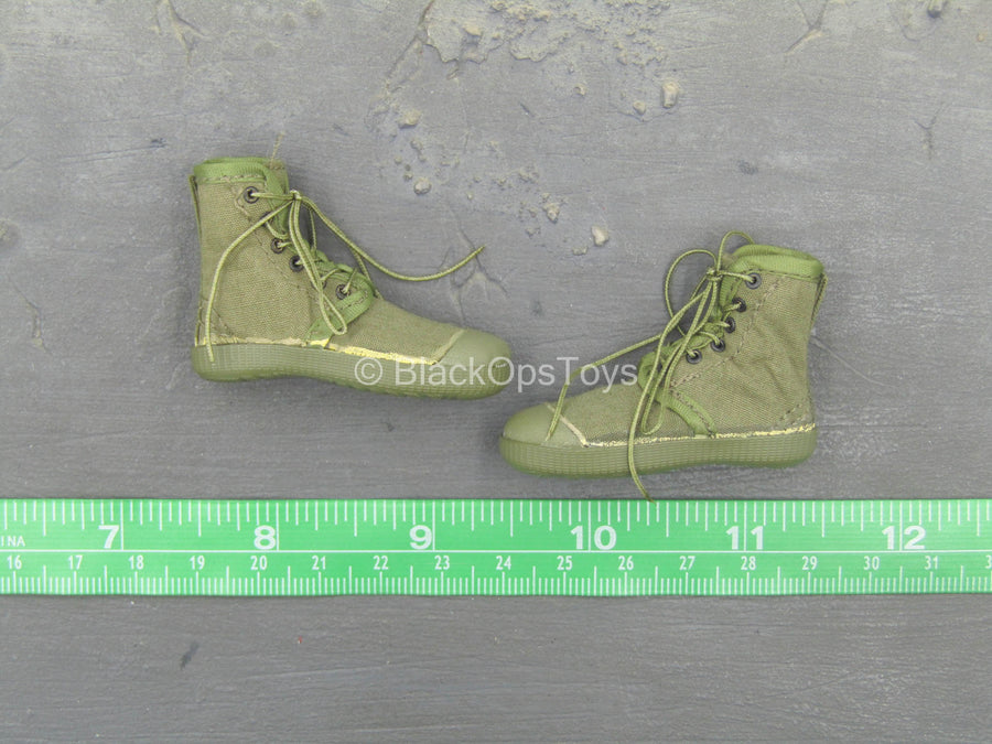 Vietnam - PLA Counterattack - Green Boots (Foot Type)