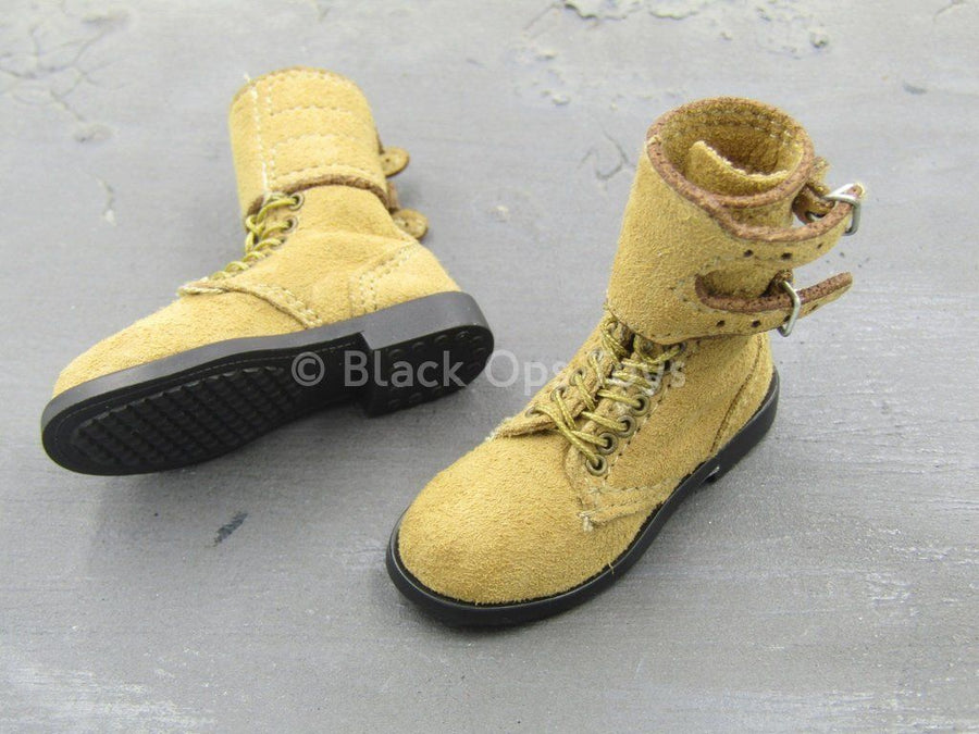 Korea - U.S. Infantry - Tan Combat Boots (Foot Type)