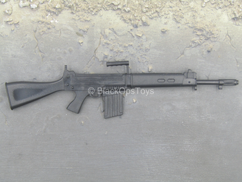 Worlds Weapon Collection - FN FAL Assault Rifle - MIP
