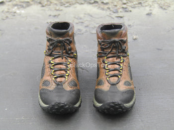 Brown Hiking Boots (Foot Type)