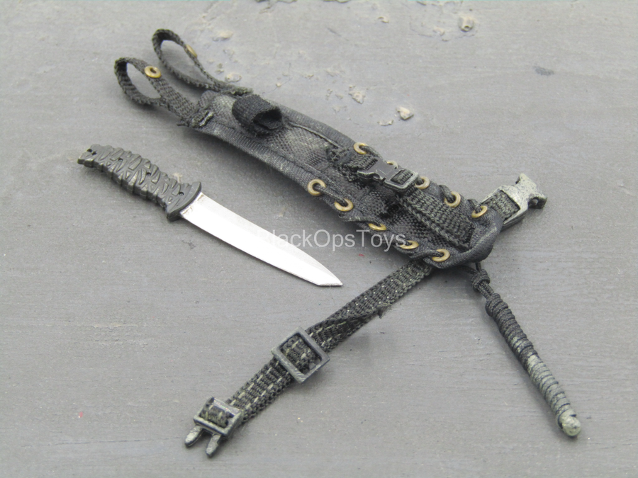 TWD - Carl Grimes - Knife w/Black Drop Leg Sheath