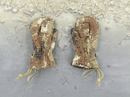Chinese PLA - Border Guard - MARPAT Camo Mittens