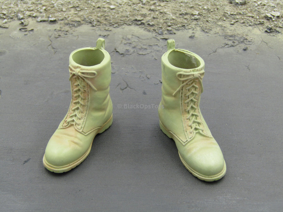 "British Army Irish Guards ""Louis Fletcher"" Combat Boots Foot Type"