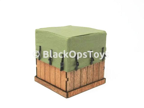 VeryCool Crossfire Defender of Fox Legend Female Wooden Box Stand