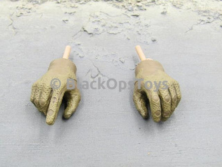Green Wolf Gear GALAC-TAC Desert Raider Gloved Hands x2