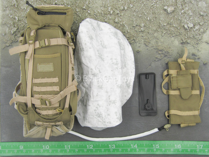 NSW Winter Warfare - Tan Backpack w/Cover