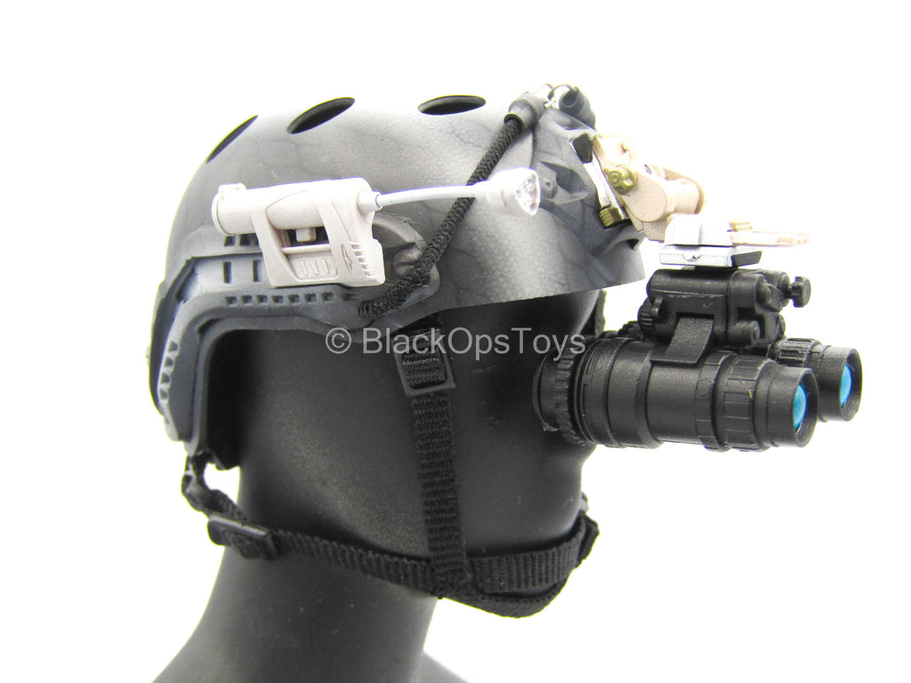 NSW Winter Warfare - MICH Helmet w/NVG Set