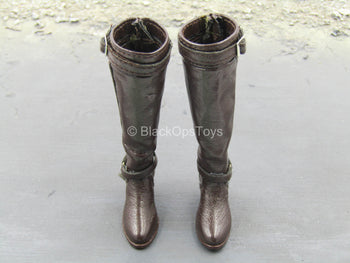 Brown Leather Like Boots (Peg Type)