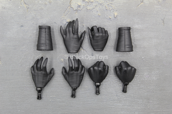 Catwoman Exclusive - Female Hand Set (x6) w/Gauntlets