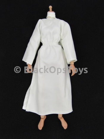 Star Wars - Princess Leia - Female Body w/Gown (Minor Damage)