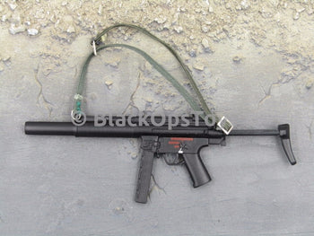 One Sixth Scale Model Black HK MP5 with Green Sling 042