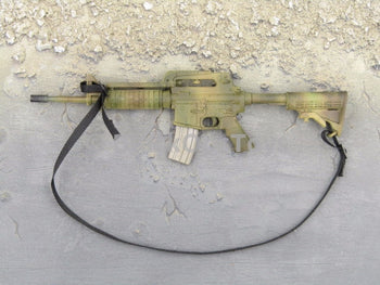 One Sixth Scale Model CAMO M4 Rifle with Black Sling 043