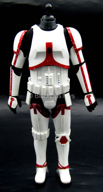 Star Wars - Incinerator Trooper - Male Body w/White & Red Armor