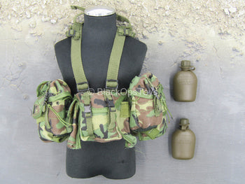 Navy Seal Recon SAW Gunner - Woodland Camo Chest Rig