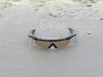 1st Cavalry Division SAW Gunner - Black Glasses w/Dark Lenses