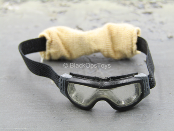 1st Cavalry Division SAW Gunner - Black Goggles w/Tan Covers