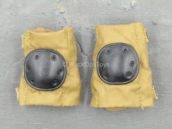 1st Cavalry Division SAW Gunner - Coyote Tan Knee Pads