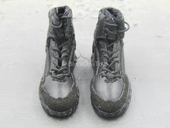 Quarantine Zone Agent - Black Boots (Foot Type)