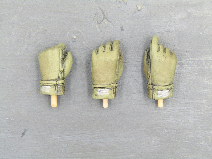 Australian Special Air Service - Green Gloved Hand Set (x3)