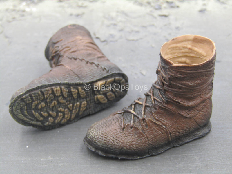 The Dark Furyan - Weathered Brown Boots (Foot Type)