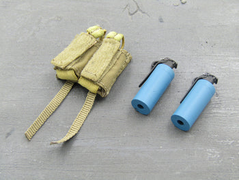I.S.O.F. - Training Smoke Grenades (x2) & Pouch Set