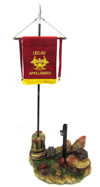 Roman Imperial General - Base Figure Diorama Stand w/Flag & Spear