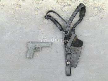 Combat Vehicle Crew - M9 Pistol w/ Black Leather Like Holster