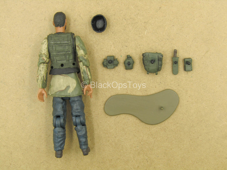 1/18 - Male Molded Body w/Pouch Set