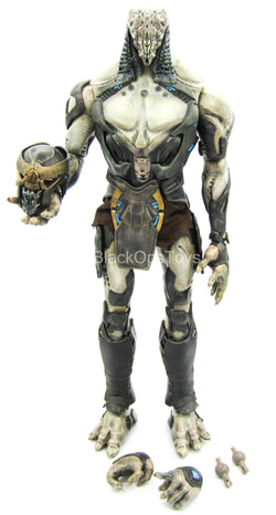 The Avengers - Chitauri Foot Soldier - Alien Body w/Helmet