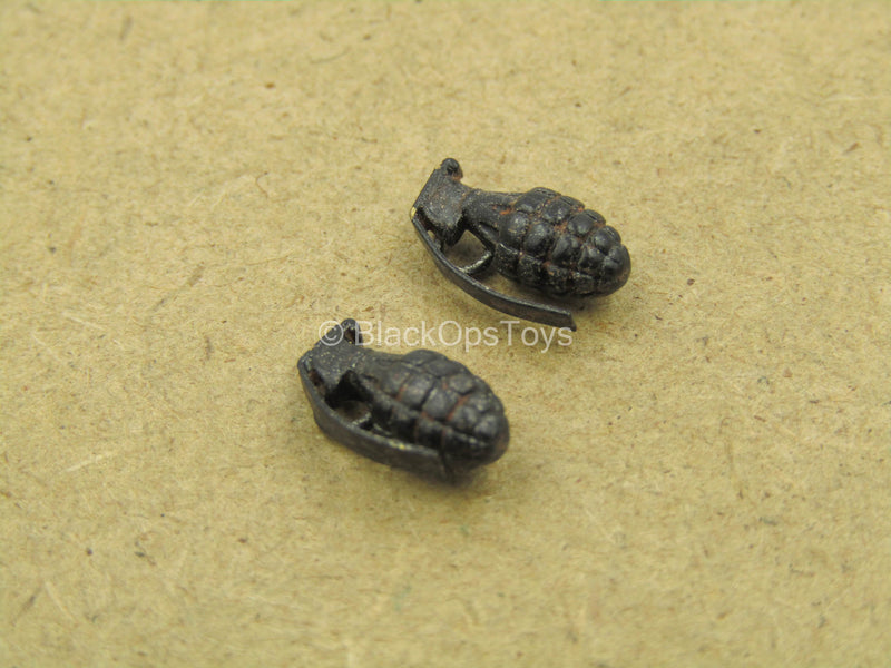 1/12 - WWII - Rescue Team - Metal Grenades (x2)