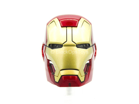 Iron Man 3 - Pepper Pots - Iron Man Head Sculpt