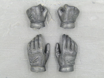 X-Men - Wolverine - Black Gloved Hand Set (x4)