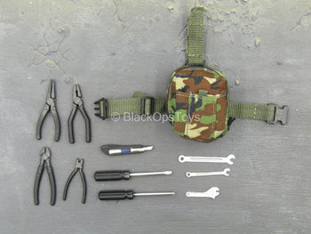 US Army EOD - Utility Pouch w/Tool Set