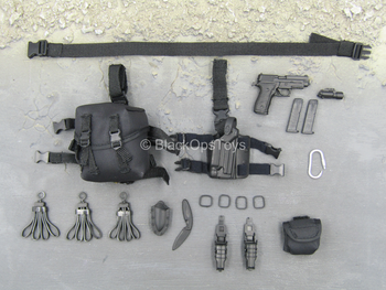 US Secret Service - Black Pistol w/Drop Leg Holster & Pouch Set