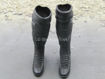 Black Thigh High Boots (Foot Type)
