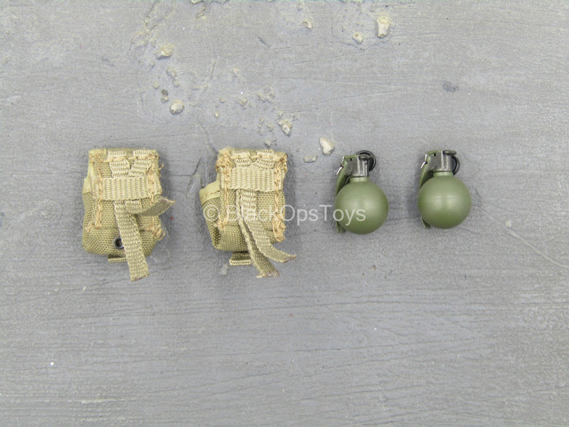 USMC 2nd Expeditionary Battalion - Frag Grenades w/Pouch