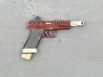 Suicide Squad - Deadshot - Red Pistol w/Basepad Magazine