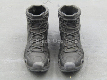 BOOT - Black & Grey Molded Boots (Peg Type)