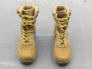 BOOT - Tan Combat Boots (Foot Type)