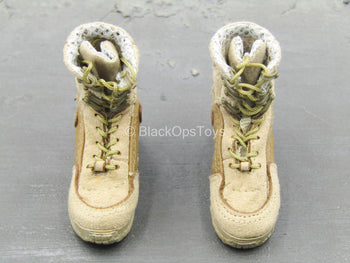 BOOT - Tan Combat Boots (Foot-Type)