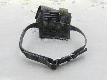 Chinese PLA - Special Forces - Black Belt w/Triple Cell Mag Pouch
