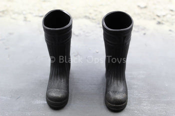 Weekend Projects - Black Boots (Foot Type)