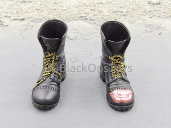 Hot Toys Suicide Squad Joker Purple Coat Version Combat Boots (Peg Type)