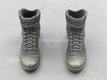 BOOT - Black Combat Boots (Peg Type)