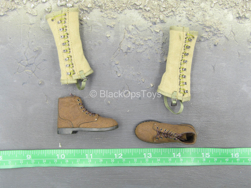 WWII - US Ranger Private Sniper - Combat Boots w/Gaiters (Foot Type)