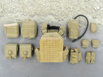 Chinese PLA - Gunner - FDE Tan Plate Carrier w/Pouch Set