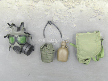 WWII - US SF - Kevin Yates - Gas Mask w/Canteen & Pouch Set